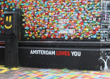 Amsterdam-Loves-You